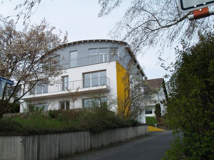 Aspenstrasse Umbau und Aufstockung 3 Eigentumswohnungen Harleshausen