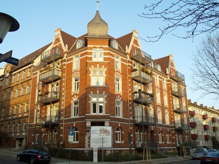 Parkstrasse Nutzungsänderung Bürogebäude in 11 Wohneinheiten Vorderer Westen