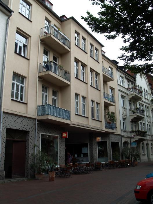 Gräfestrasse 9 Eigentumswohnungen 1 Restaurant Vorderer Westen