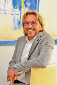 Klaus R. Gerhold
